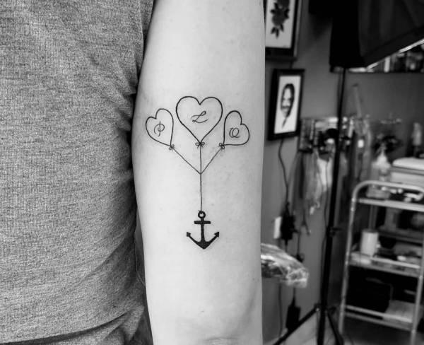 Ankar-tatuering: Betydelse, design, historia och foton Tatuering idéer och betydelser