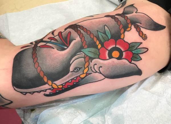 Val-tatuering: Betydelse, design, historia och foton