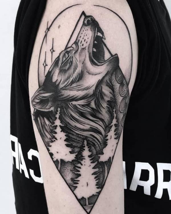 Varg-tatuering: Betydelse, design, historia och foton