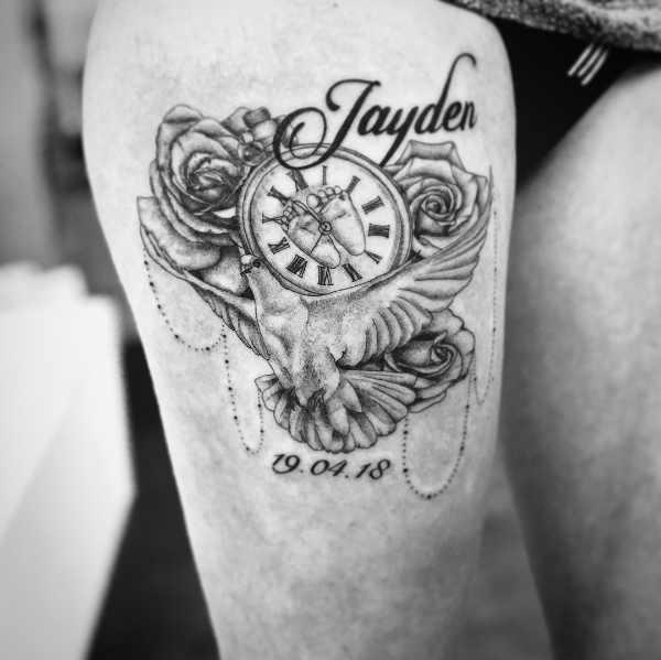 Klocka tatuering: Betydelse, design, historia och foton