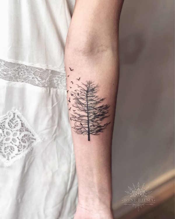 Träd tatuering: Betydelse, design, historia och foton
