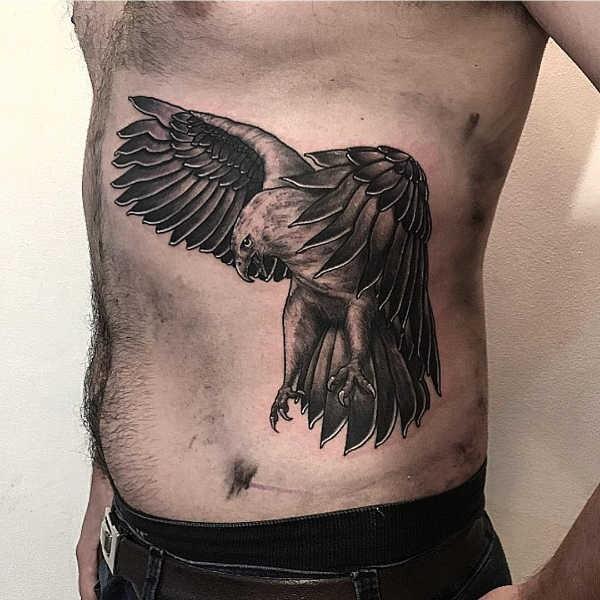 Örn tatuering: Betydelse, design, historia och foton Djur Tatuering idéer och betydelser
