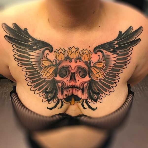 Vingar tatuering: Betydelse, design och foton Tatuering idéer och betydelser