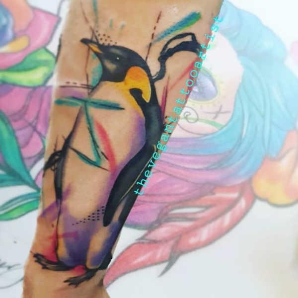 Pingvin tatuering: Betydelse, design, historia och foton Djur Tatuering idéer och betydelser